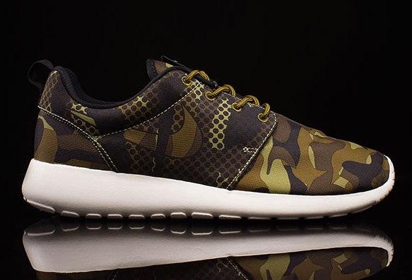 hot sale online 6026f f40bb Nike Roshe Run Green Army Camo