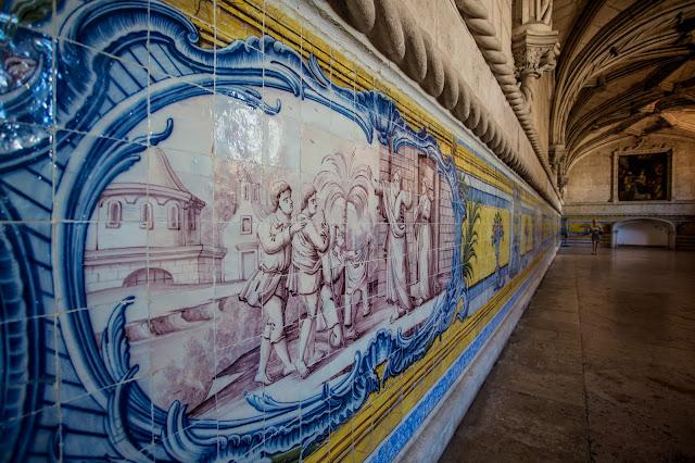 Azulejos, Sala Capitular, Monasterio de los Jerónimos :: Canon EOS5F MkIII | ISO1600 | Canon 17-40@17mm | f/4.0 | 1/40s