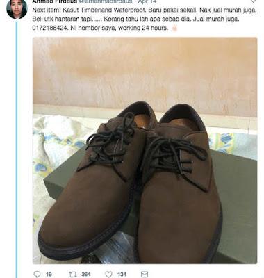 Sepatu pun untuk seserahan dijualnya.