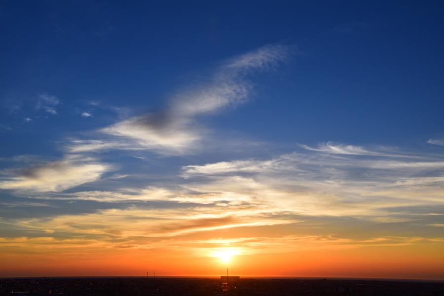 大乗寺丘陵公園の晩夏の夕焼け