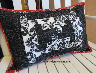 How to make a log cabin quilt pattern into a throw pillow by The Quilt Ladies
