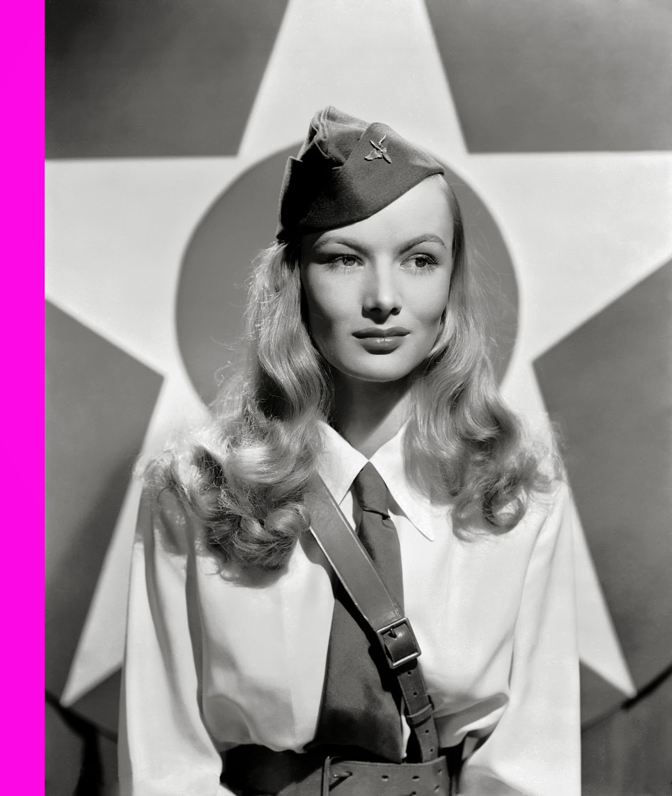 News_OFFmag: Veronica Lake (14 November 1922 - 7 July 1973)