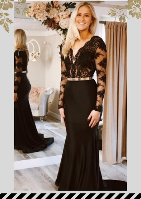 https://www.27dress.com/p/black-mermaid-long-sleeves-lace-sexy-prom-dresses-109895.html?utm_source=blog&utm_medium=purestyle&utm_campaign=post&source=purestyle