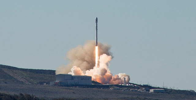 SpaceX's Falcon 9 rocket soars into the sky on its third flight out of Vandenberg Air Force Base. Photo Credit: SpaceX