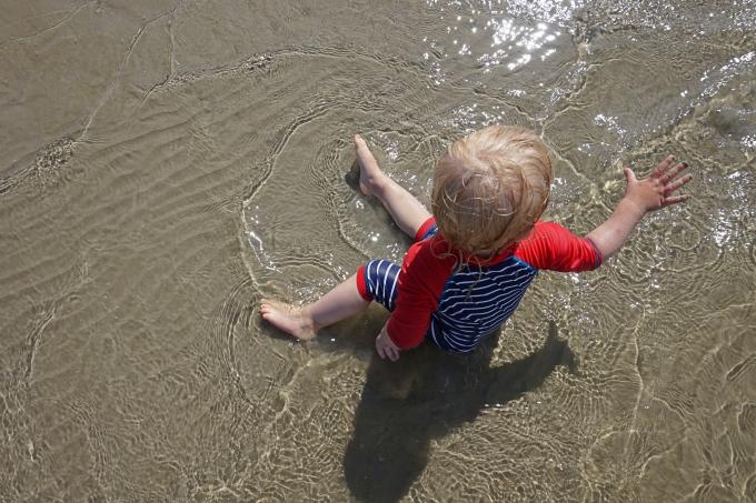 Kokemuksia Tallinnan uimarannasta lasten kanssa / Stromin matala hiekkaranta