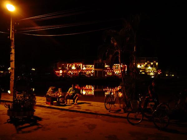 Vida nocturna de Hoi An, Vietnam