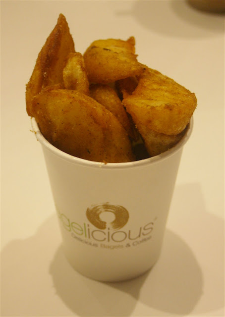 Bagelicious, Hawthorn, potato wedges