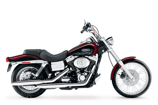 Harley Davidson Bikes: 2012 Harley Davidson FXDWG Dyna