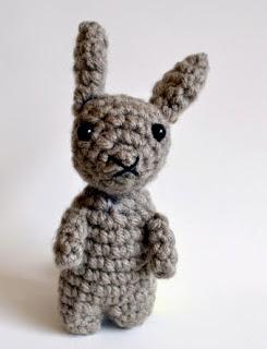 http://www.popsdemilk.com/wp-content/uploads/2014/04/Tiny-Rabbit-Pattern.pdf