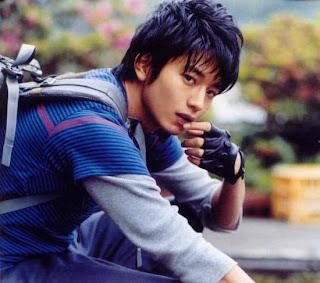 Ketampanan aktor Jepang