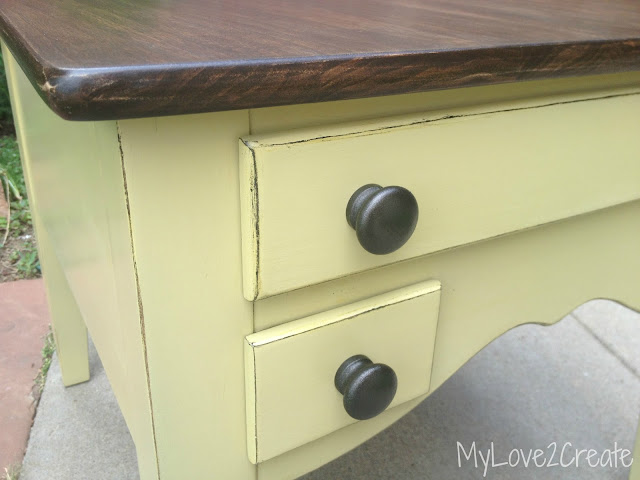 MyLove2Create, end table makeover