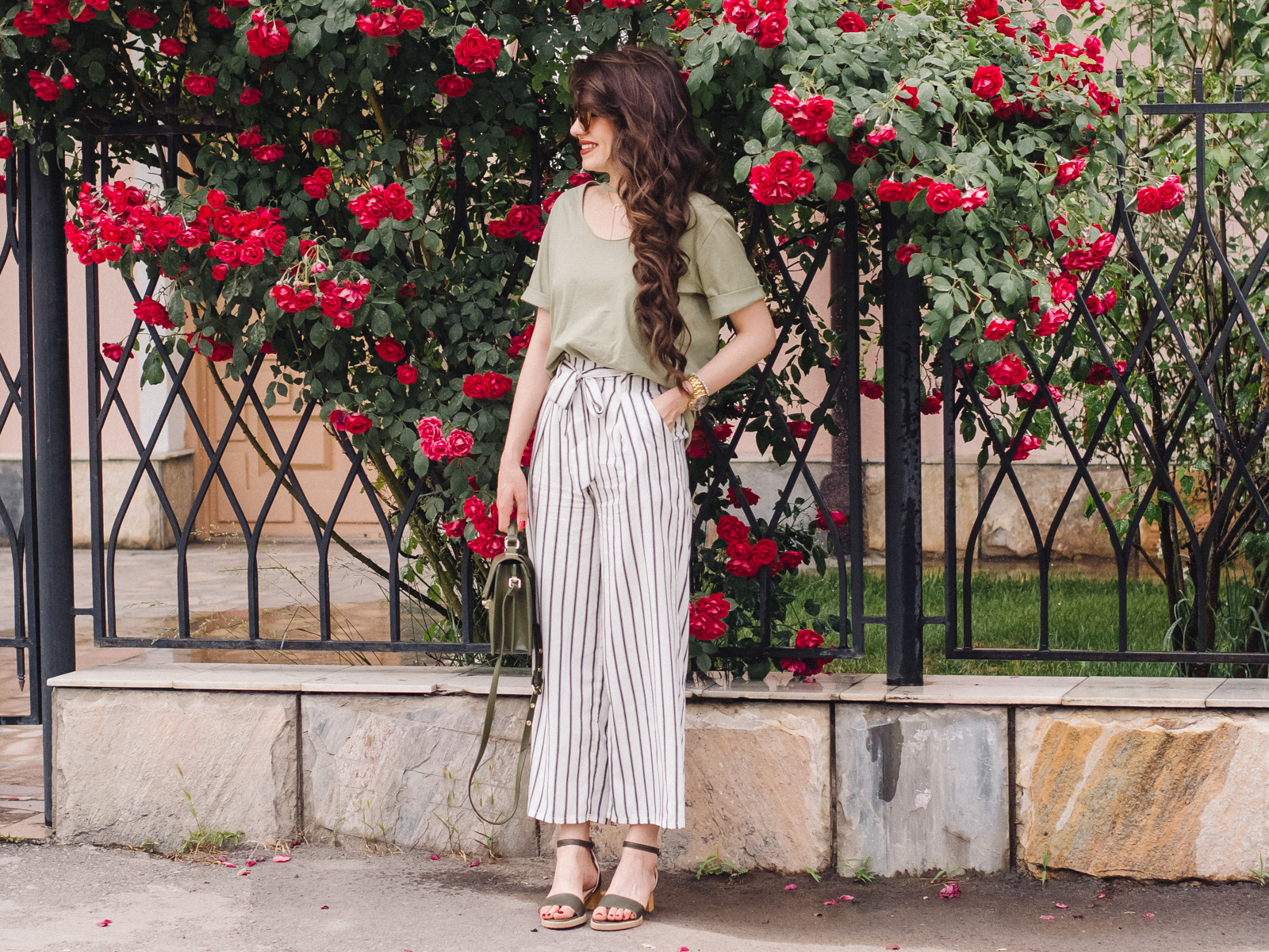 fashion blogger diyorasnotes diyora beta style fashion culottes green t-shirt rose