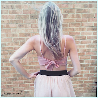 tie-back-bow-top