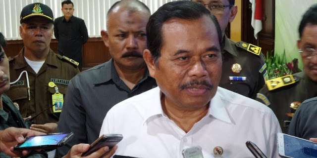 Jaksa Agung Ancam Pecat Jaksa yang Tak Patuhi Instruksi Jokowi