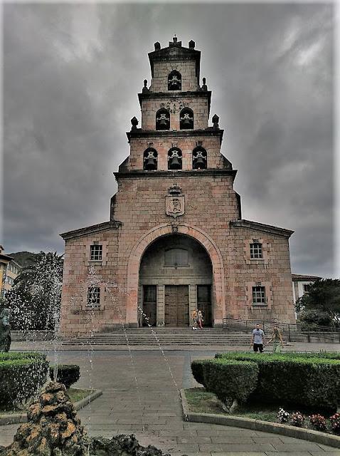 Iglesia de Nuestra Señora de la Asunción en Cangas de Onís