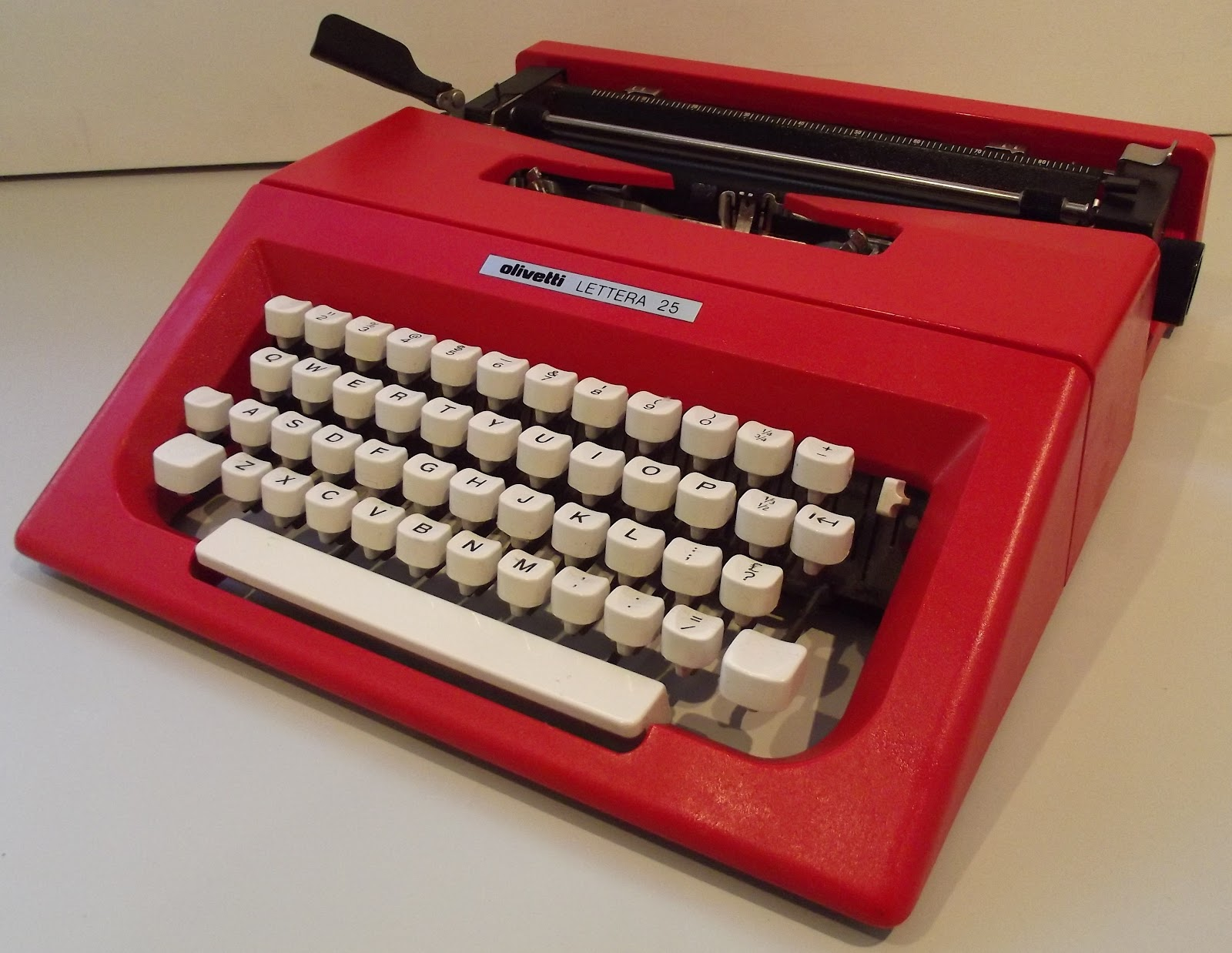 OzTypewriter The Art Of Sottsass And Bellini Top 10