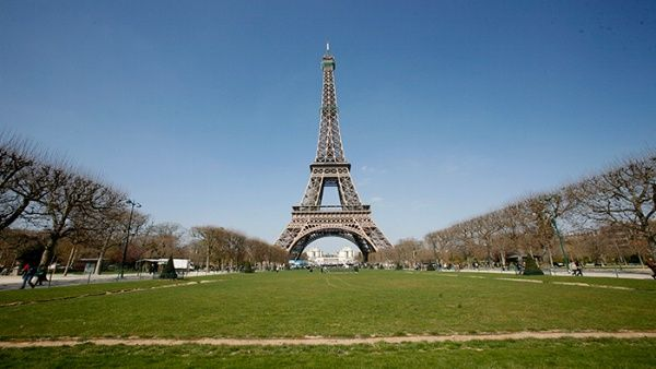 "Torre Eiffel se blindará contra supuesta ""amenaza terrorista"""