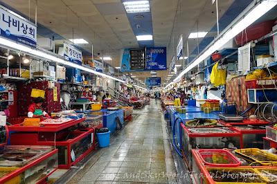 南韓釜山南浦札嘎其市場