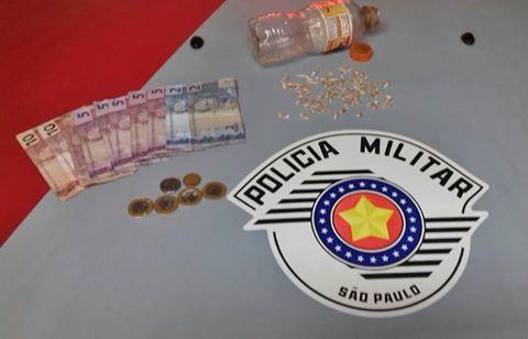 POLÍCIA MILITAR PRENDE TRAFICANTE EM MIRACATU
