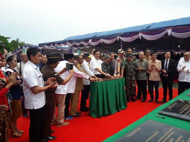Peresmian Pemancangan Tiang Pertama Weda Bay di Halteng