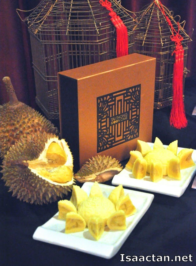 Two new editions to the successful Imperial Musang King Durian, the D24 and Red Prawn mooncakes