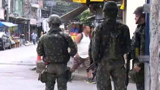 Exército faz ação no Complexo da Maré
