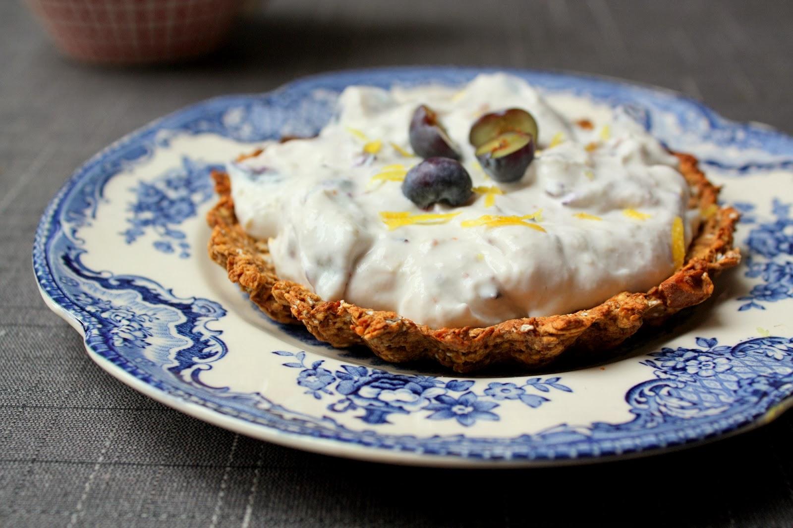 Madlaboratoriet: Små morgenmads-lakridstærter med yoghurt- og blåbærfyld