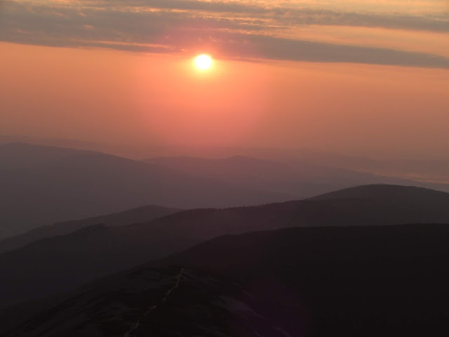Karkonosze: Śnieżka i wschód słońca