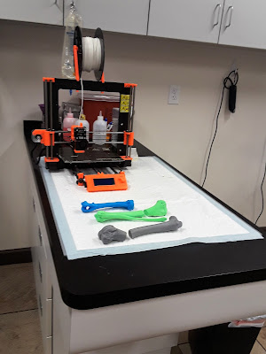 Blog Hops.  3D Printers used for Veterinary care.  Dogs, Dog blogs