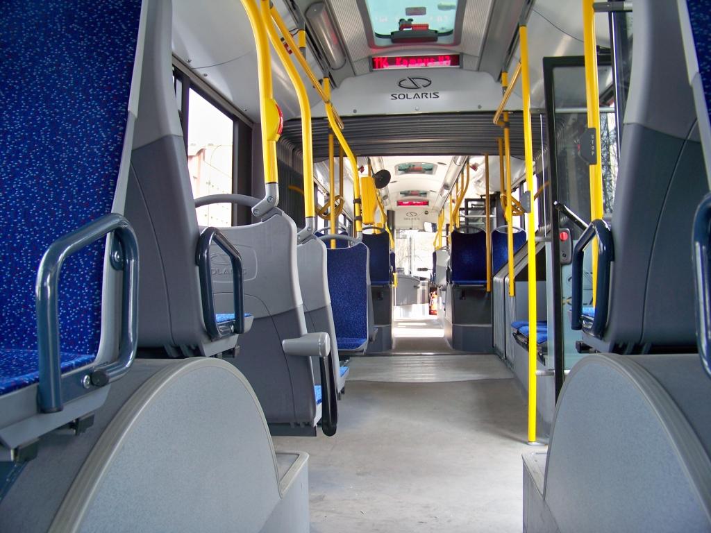 Solaris Urbino 18 Hybrid - Wnętrze Cała Długość