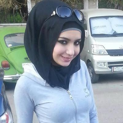 مطلقة سعودية قحطانية تبحث عن زواج