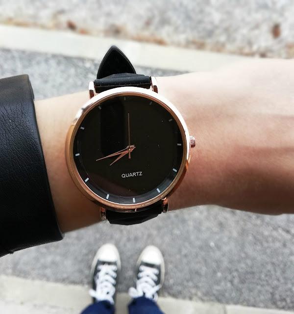 watch, sat, ručni sat, clock, time, vrijeme, moda, modni dodatak, black, crni, converse, starke, photography, blogger balkans