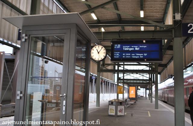 saksa, juna, DB, stuttgart, tübingen, matkustaminen, Etelä-Saksa