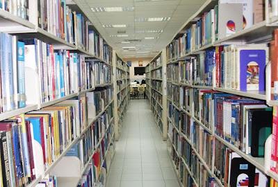 Rumah Bagi Para Penikmat Buku (5)