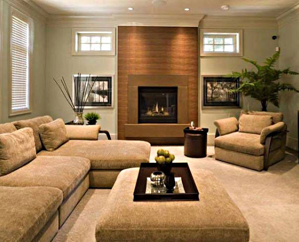 Desain Ruang Keluarga Dengan Penataan yang Simpel dan Elegan