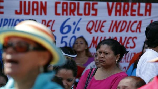 Maestros panameños denuncian amedrentamiento gubernamental