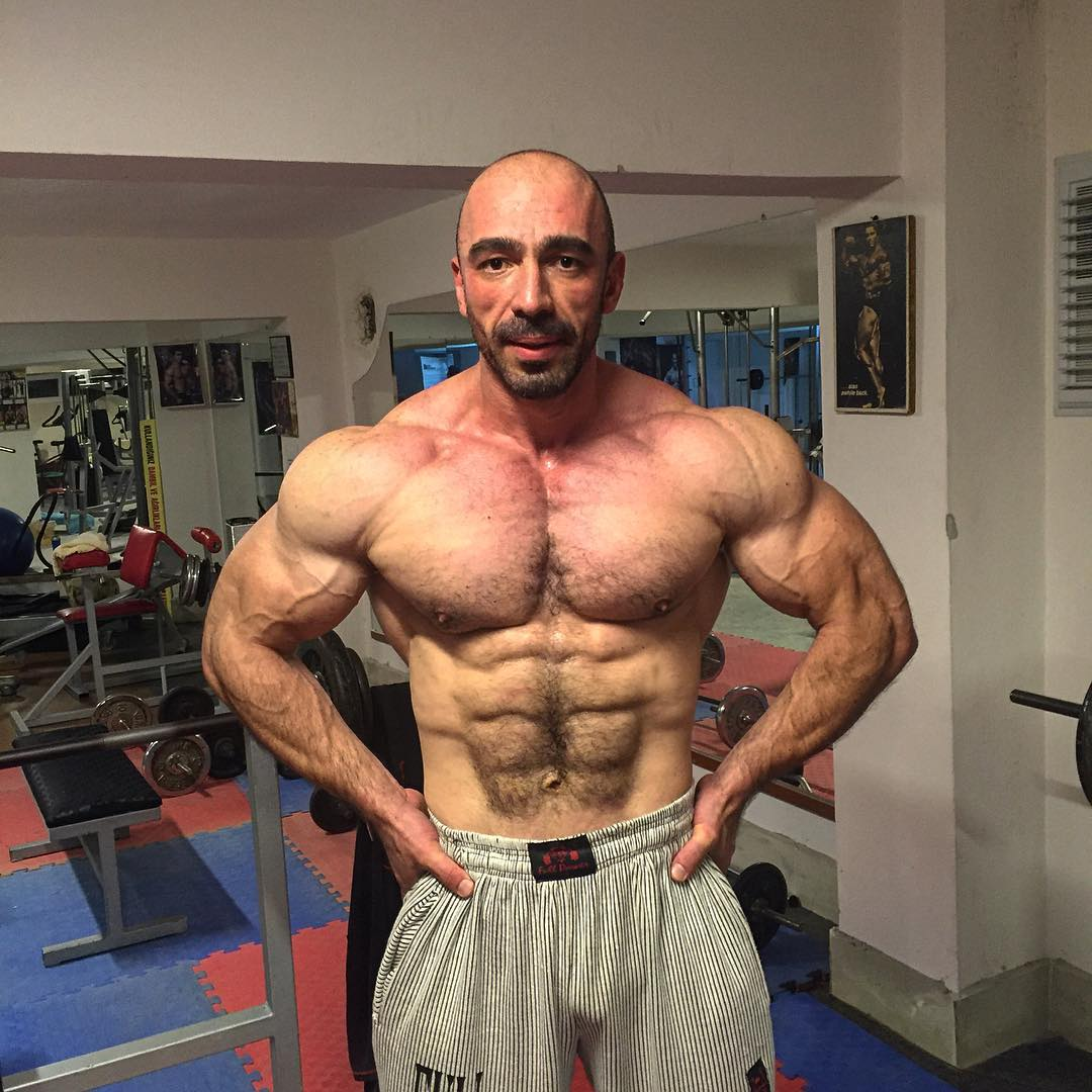 Muscle Lover Mahmut şen From Turkey