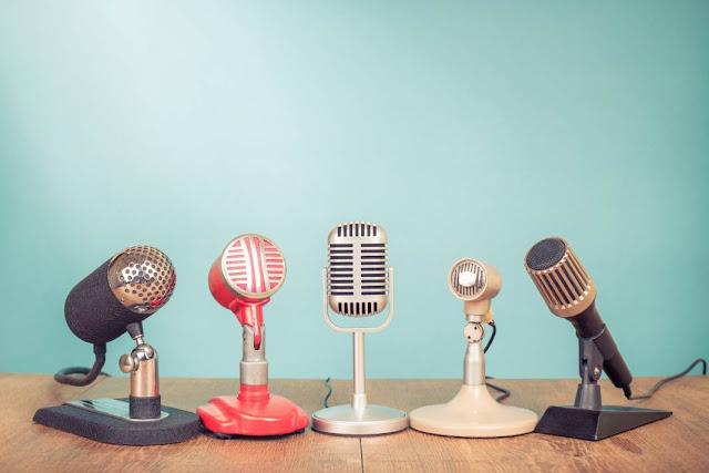 تريد البدئ في مجال اللتعليق الصوتي ؟ إليك الأدوات ، البرامج ، النصائح و التجارب للبدئ في ذلك
