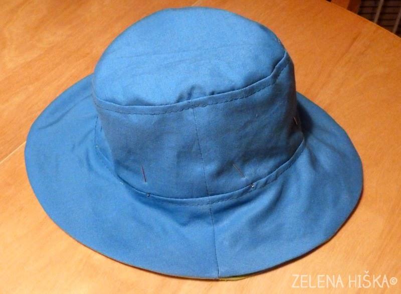 skoraj končan klobuk - brezplačni kroj in navodila