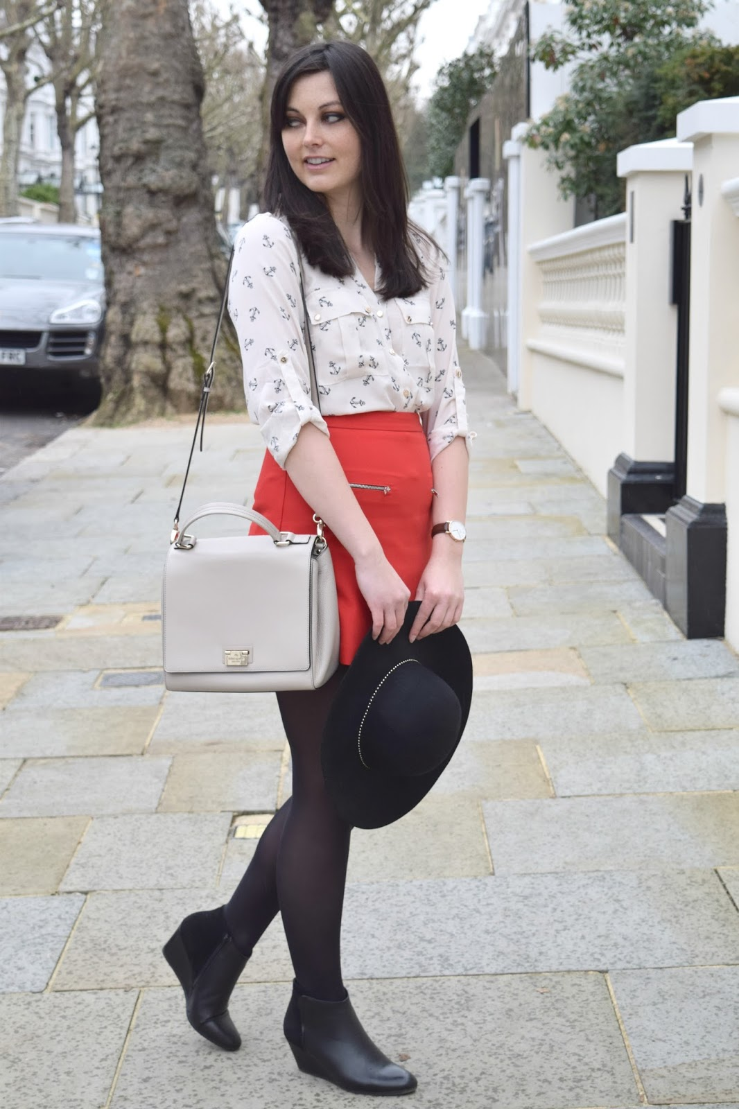 Fashion blogger in kensington london
