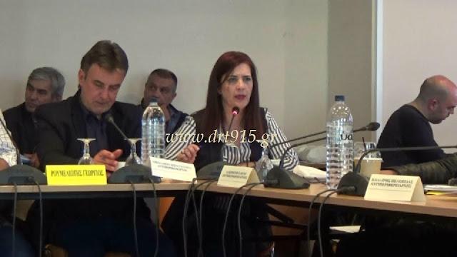 Ντίνα Νικολάκου: Θα ανακαλύψουμε ποιος ήταν αυτός, που είπε στα παιδιά να ανέβουν στην καρότσα