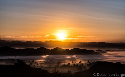 Mrauk-U - Shwetaung Pagoda - Sunrise