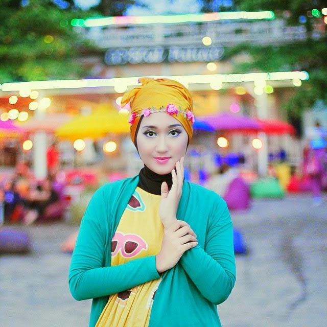 Inspirasi Model Busana Muslim Wanita Gamis Modern