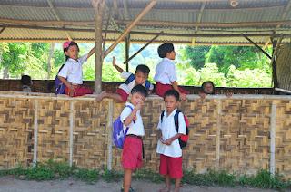 sekolah terpencil, sekolah kawasan wisata, pantai kuta