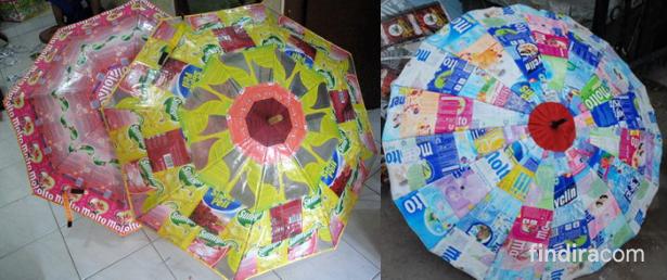 Payung dari Kemasan Plastik