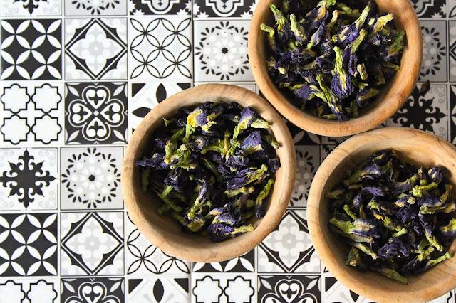 fleur-de-pois-papillon,gin-bleu-royal,gin-quebecois,clitoria ternatea,madame-gin