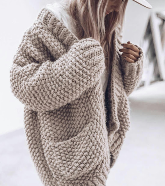 Knit-big-pocket-sweater