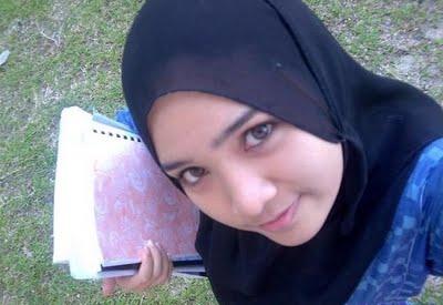 Pin by *001* on Cantik Hijab   Beautiful hijab, Muslim