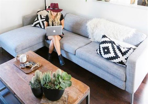 Corner sofas and sectionals for small spaces