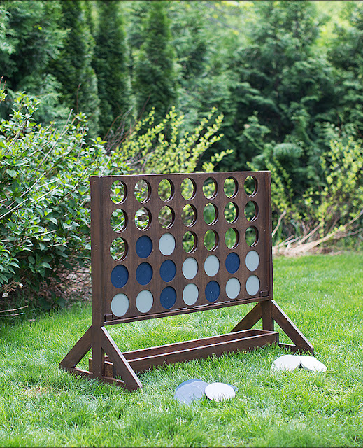oversized outdoor connect four yard game